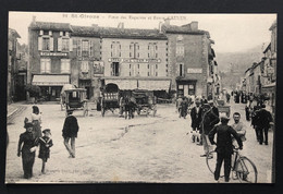 09 - SAINT-GIRONS - Place Des Esquives Et Route D'AULUS - Cafés VIVES, LIZIER POUECH, Auto-Garage, Voitures à Cheval, Bi - Saint Girons