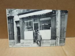 DOLE (60) Devanture Café Du Commerce Léon Andrieux RARE - Dole