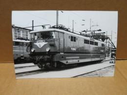 LOCOMOTIVE ELECTRIQUE DE LA SNCF Carte Photo Gros Plan - Equipo