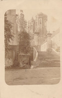 02) LAON : Carte-Photo Allemande - Escalier Sur La Cathedrale - 1.WK - WW1 - 1918 - Sonstige Gemeinden