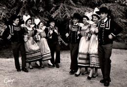 CPSM - RIEC S/BELON NÉVEZ - Groupe Folklorique La Gavotte ... (Coiffes & Costumes) - Edition Artaud Gaby - Otros Municipios
