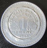 France - Curiosité - Monnaie 1 Franc Bazor 1943 Insérée Dans Une 5 Francs Lavrillier - Varietà E Curiosità