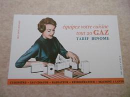 Buvard Illustré - Thème Electricité Et Gaz : Equipez Votre Cuisine Tarif Binome - Femme Et Electroménager - Electricité & Gaz