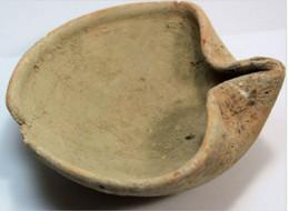 Israel. Lampe à Huile En Terre Cuite. Bronze Age Oil Lamp - Archaeology