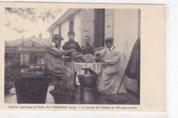 Jura - Colonie Lyonnaise St-Pothin Au Frasnois - La Corvée Des Patates Se Fait Joyeusement - Otros Municipios
