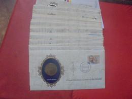 MONDE 35 FDC 1er JOURS+MONNAIES/MEDAILLES (Dont 3 Argent) Poids 800 Grammes - Kilowaar - Munten
