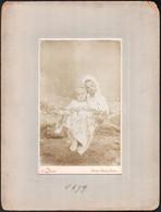 1899 Balaton-Földvár-Fürdő, Dévald Fényképész Műtermében Készült, Keményhátú Vintage Fotó, 21x13 Cm, Karton 32,7x24,8 Cm - Non Classificati