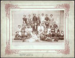 Cca 1905 Budapesti Leányiskola Egyik Osztálya, Hollós M. Fényképész Felvétele, 15x22,5 Cm, Karton 24,8x32 Cm - Non Classificati