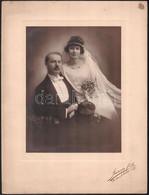 Cca 1920 Budapest, Strelisky Sándor (1851-1922) Fényképész Műtermében Készült, Vintage Fotó Esküvői Párról, 21,6x16,2 Cm - Non Classificati