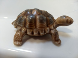 Wade Whimsies (1958/88) The Tortoise Family Series - Light Colors (Later) Mother - Wade