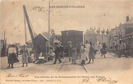 85-LES-SABLES-D'OLONNE- LES BORDS DE LA POISSONNERIE ET L'HÔTEL DES POSTES - Sables D'Olonne