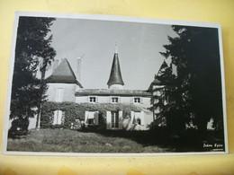 24 5265 INCONNU SUR DELCAMPE CPSM PM 1965 - 24 (MONTPON - CHATEAU DE LA TOUR) - Autres Communes