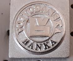Vojvodanska Banka Bank Serbia Ex Yugoslavia Pin - Banks