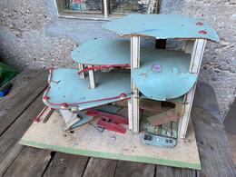 Ancien Garage Miniature A Restaurer Norev Dinky Toys Cij Corgi Majorette Lesney Matchbox - Altri
