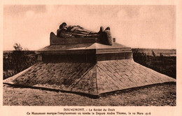 CPA - DOUAUMONT / VERDUN - Monuments Commémorant Bataille De VERDUN 1916 ... LOT 6 CP à Saisir - Oorlogsbegraafplaatsen