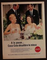 Publicité Papier 1961 Coca-Cola A La Pause ... Coca-Cola Désaltère Mieux 20 X 26, 5 Cm - Altri