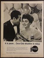 Publicité Papier 1961 Noir Et Blanc Coca-Cola  A La Pause Coca-Cola Désaltère Le Mieux 20 X 26, 5 Cm - Altri