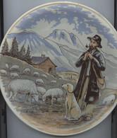 Assiette, SET, Folklore Des Provinces, Berger, Moutons, Alpages, Cabane, Chien De Berger, Support D'assiette Fourni - Altri