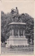 Belgique CP Liège Statue De Charlemagne Sculpteur L Jehotte Éditeur Grand Bazar De La Place St Lambert Liège - Monumenti