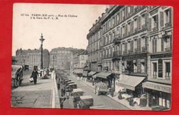 """CPA Paris  """"Rue De Châlon à La Gare Du P L M """"nombreux Magasins Et Voitures Pub Badoit - Arrondissement: 12"""