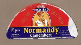 ETIQUETTE De FROMAGE Cartonnée.. Demi CAMEMBERT De NORMANDIE.. DAIRY MARTER - Cheese