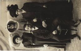 CPA AK Le Blanc Family Portrait FRANCE (1170124) - Le Blanc