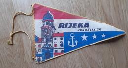 Rijeka Church Port Coat Of Arms  Vintage Pennant Croatia Ex Yugoslavia 13x21cm - Unclassified