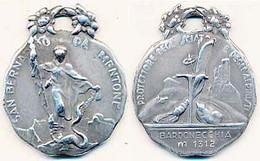 Médaille 35 X 43mm Bardonecchia M 1312 Protettore Degl Sciatori E Degli Ai Pinisti  San Bernardo De Mentone - Altri