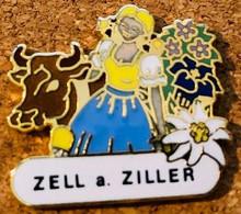 VACHE - KUH - HEIDI - COW - ZELL A. ZILLER - FLEURS - BLUMEN - FLOWERS - EDELWEISS - GENTIANES - EGF - CLOCHE -    (28) - Animals