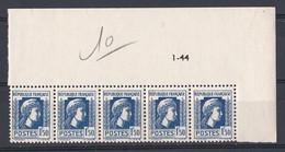 France 1944 N° 639   NEUF ** Coin De Feuille  Daté 1944 - 1940-1949