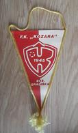 Vintage Pennant Football Soccer Club FK Kozara Bosanska Gradiska Bosnia Ex Yugoslavia 12x21cm - Abbigliamento, Souvenirs & Varie
