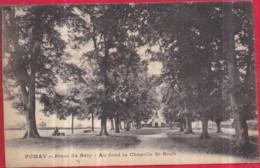 Dépt 08 - FUMAY - Place Du Baty - Au Fond La Chapelle Saint-Roch - Circulé 1921 - Fumay