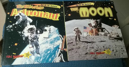 2 Books - Eye On The Universe: The Moon - The Life Of An Astronaut -Crabtree- L - Testi Scientifici