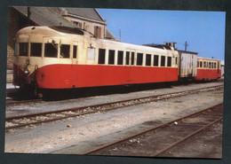 """Carte-photo Moderne """"Autorail Decauville DXW En Gare De Camaret - Années 50"""" - Camaret-sur-Mer"""