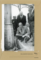 PHOTO De PRESSE  /  NOGENT SUR MARNE  Roland  NUNGESSER  Et Michel  GUY  Le Premier Boulon Pour Du  PAVILLON 8   En 1976 - Luoghi