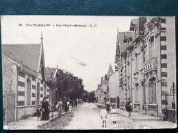 17 ,chatelaillon , La Rue Charles Brissaud En 1920 - Châtelaillon-Plage