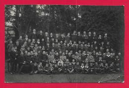 Carte Photo Guebwiller - Cliché Alph. Welty - Enseignants Avec Leurs Élèves Dans Un Sous Bois - Guebwiller
