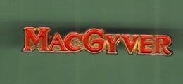 MAC GAYVER *** 0018 (26-2) - Films