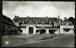 Morialmé - Entrée Du Vieux Château - Ecole Des Religieuses - Edit. Librairie Gillard - Voir Scans - Florennes