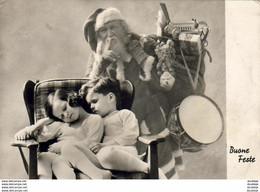 PÈRE NOËL Apportant Des Jouets Pendant Que Les Enfants Dorment ......... Vraie Photo - Santa Claus