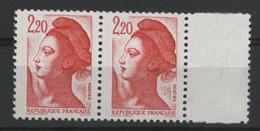 """N° 2376 Type Liberté Avec Variété """"Gros Point à Droite Du Cou"""" Neufs ** (MNH). TB - Varieties: 1980-89 Mint/hinged"""