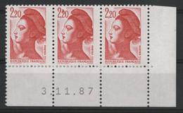 """N° 2376 Type Liberté Avec Variété """"Oiseau"""" Neufs ** (MNH) Avec Coin Daté 3/11/87. TB - Varieties: 1980-89 Mint/hinged"""