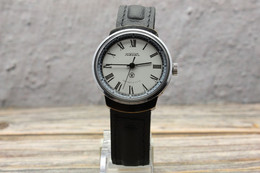White Big RAKETA Mechanical Mens Watch Quality Mark USSR. Serviced! Vintage Soviet Rocket Petrodvorets Watch. Bonus - Orologi Antichi