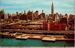 (5 A 9) Older USA Postcard - Manhattan 1st Heliport - Helicópteros