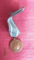 UN Blue Helmet Mini Medal - In The Service Of Peace - Sonstige Länder