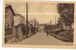 CPA, D.42 , St. Just Sur Loire , Les Bourrelières , Animée, Ed. Combier - Saint Just Saint Rambert