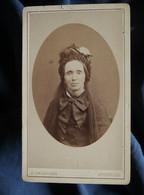 Photo CDV Delabarre à Bruxelles  Portrait Femme âgée  Coiffe Avec Voile  CA 1875-80 - L567 - Oud (voor 1900)