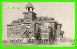 SASKATOON, SASKATCHEWAN - PUBLIC SCHOOL CASWELL -  TRAVEL IN 1911 - B. P. SKEWIS, PHOTOGRAPHER - - Saskatoon