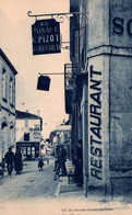 Mansle (Charente) Rue Charles, Restaurant (C. Pizot, Aubergiste) Collection Nouvelles Galeries - Carte Non Circulée - Mansle