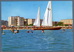 °°° Cartolina - Marebello Spiaggia E Vela Viaggiata (l) °°° - Rimini